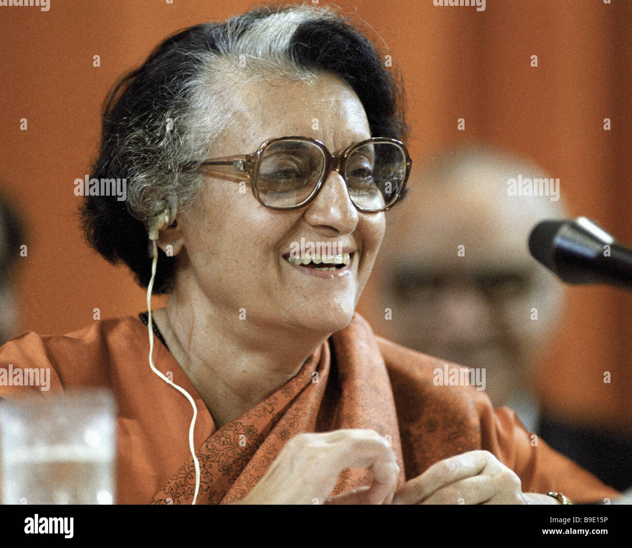Indian Prime Minister Indira Gandhi giving an interview during her visit to the Soviet Union Stock Foto