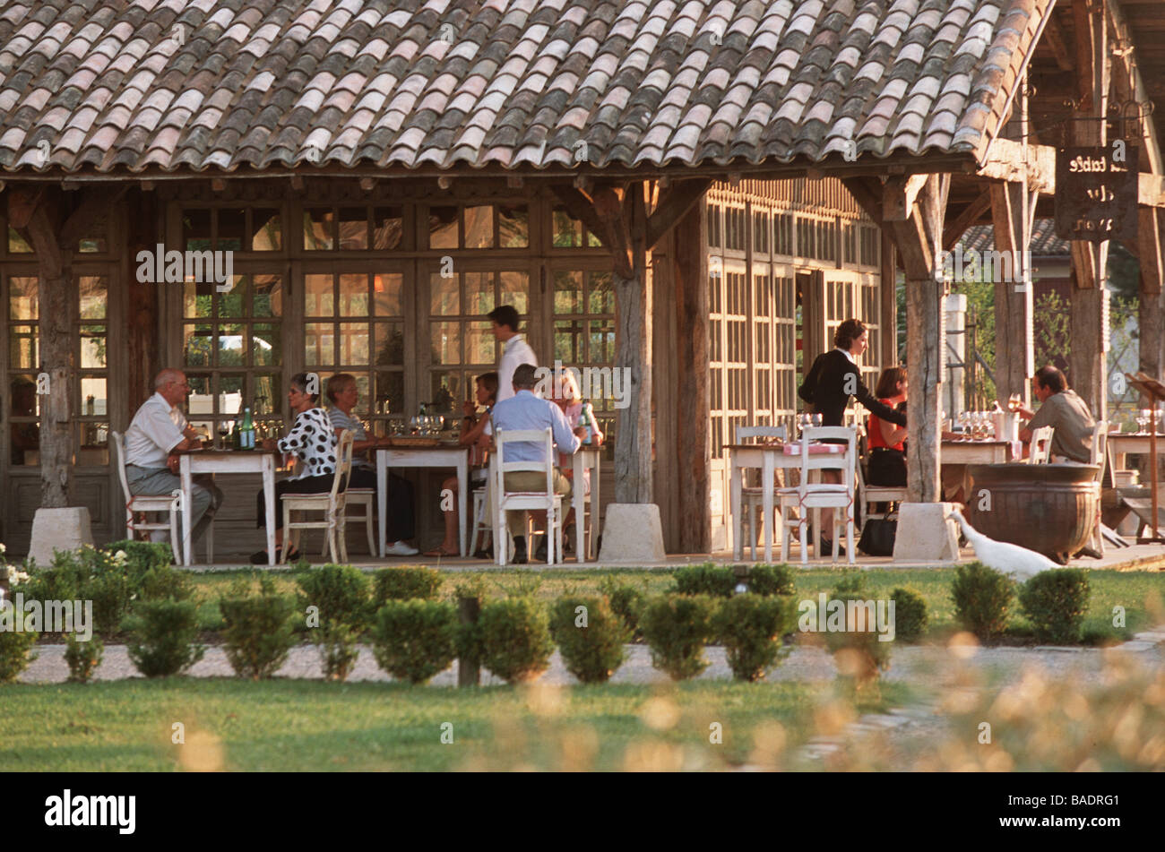 France gironde martillac les sources du caudalie hotel - La table du lavoir restaurant martillac ...