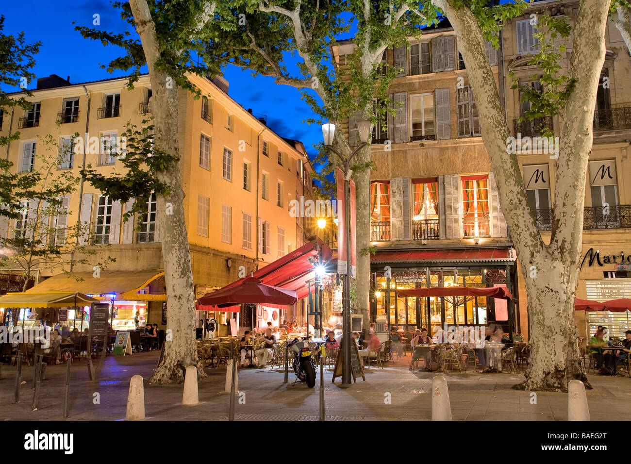 france bouches du rhone aix en provence cours mirabeau le grillon stock photo royalty free. Black Bedroom Furniture Sets. Home Design Ideas