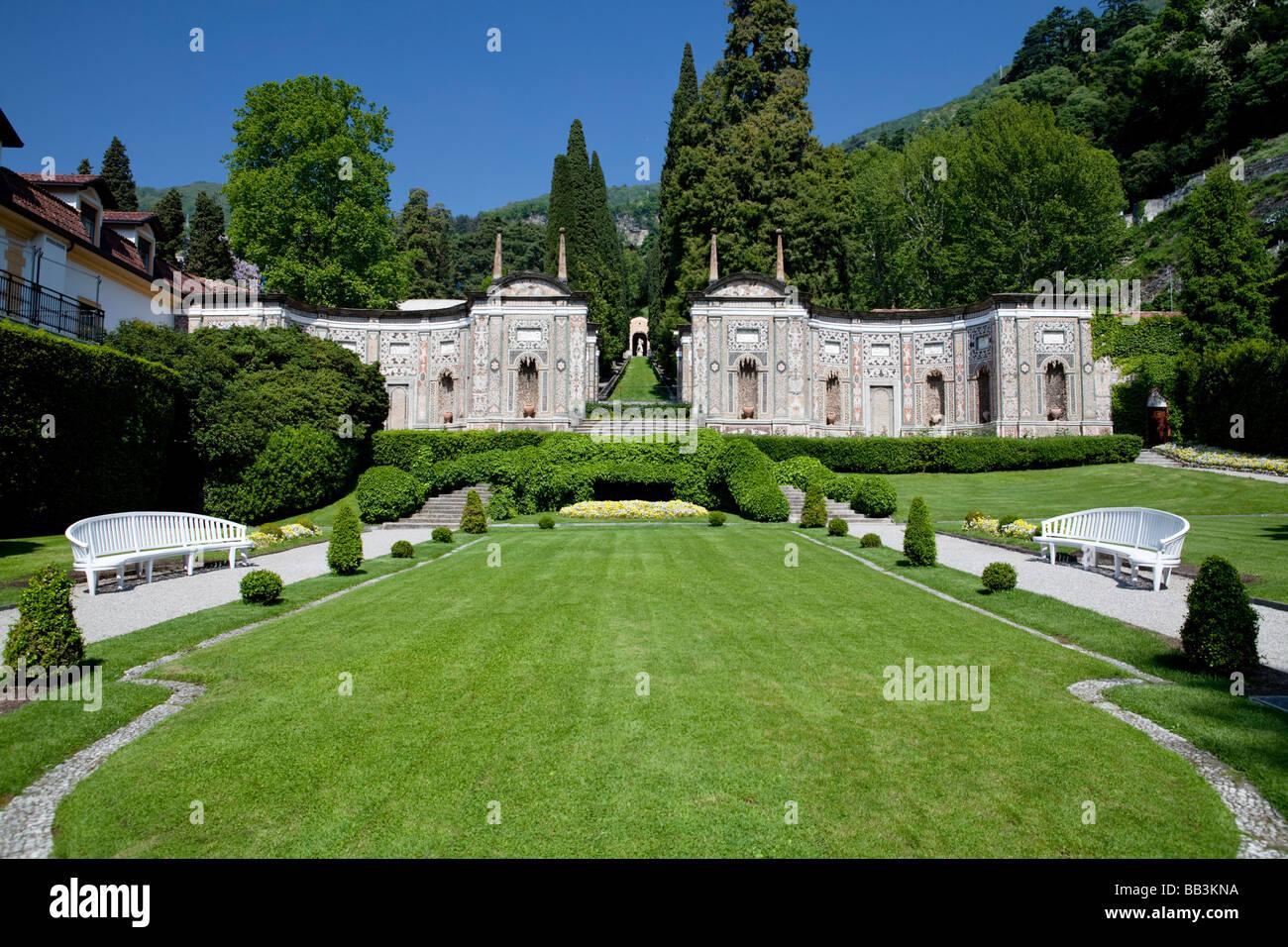 Antique minareto in the park of villa d 39 este luxury hotel for Hotel villa d este como
