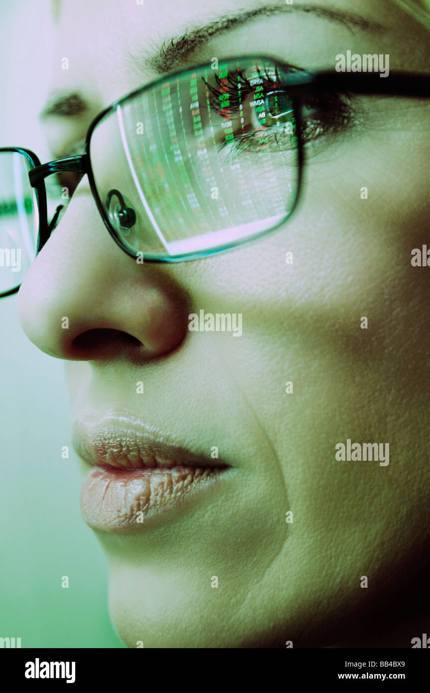females-face-with-spectacles-reflecting-