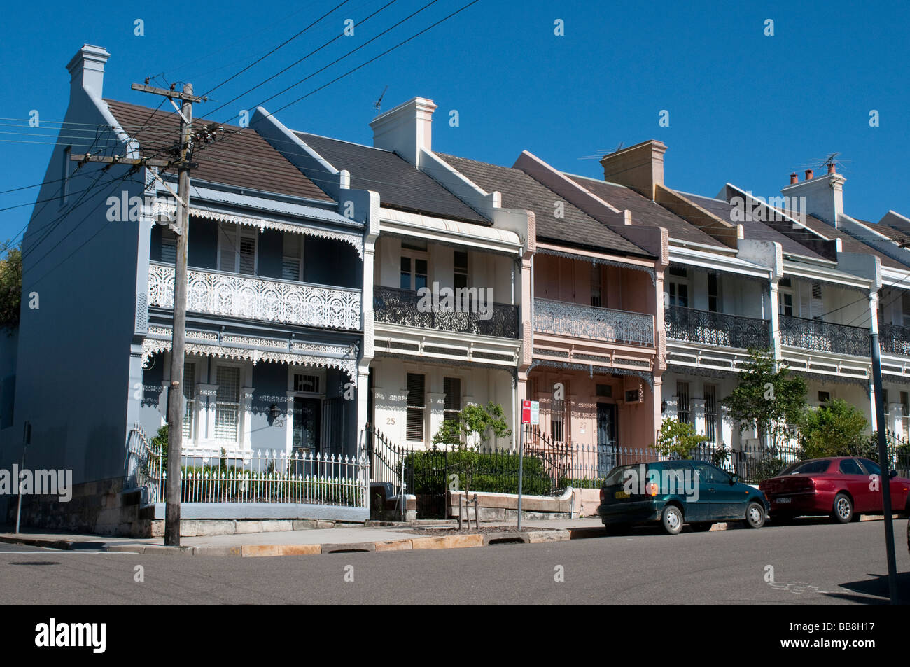 A row of victorian terrace houses in the paddington suburb for What is terrace house