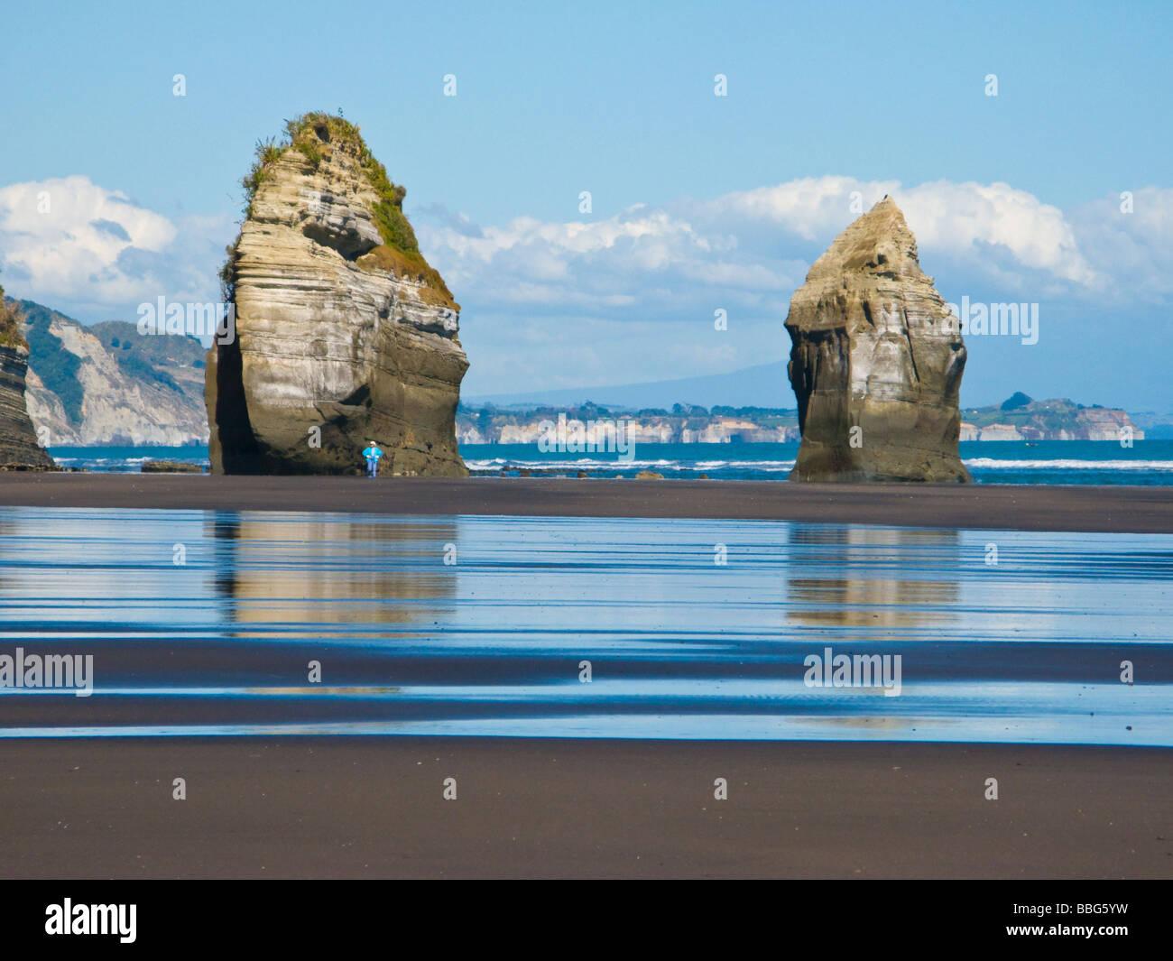 Three Sisteurs Beach North Island New Zealand