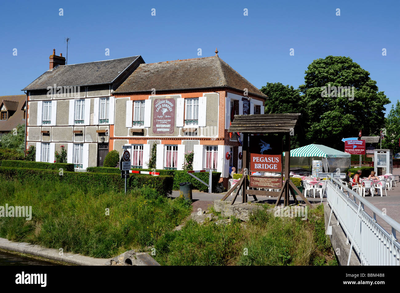 Cafe Normandie Restaurant