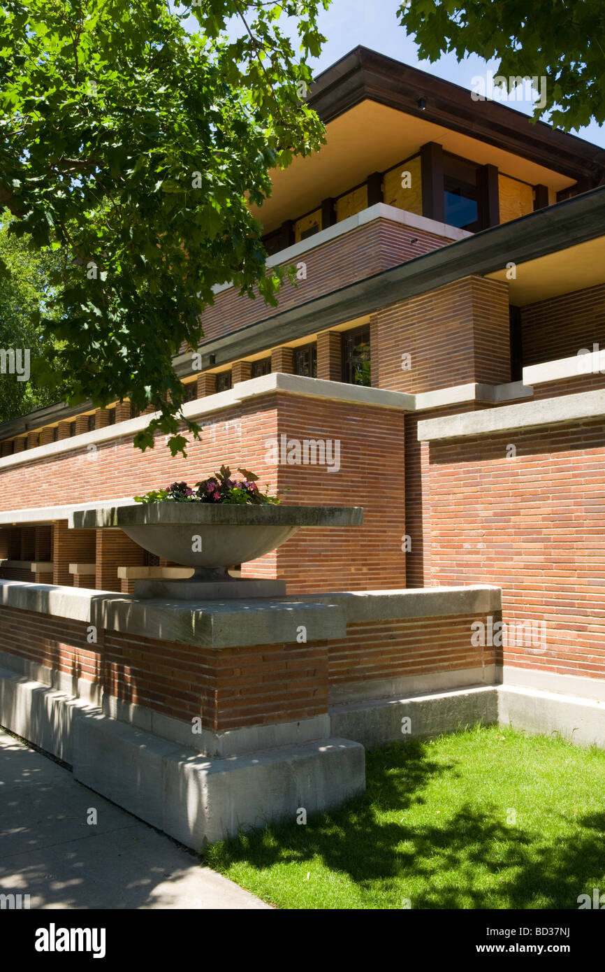 The robie house frank lloyd wright prairie style for Frank lloyd wright prairie style house plans
