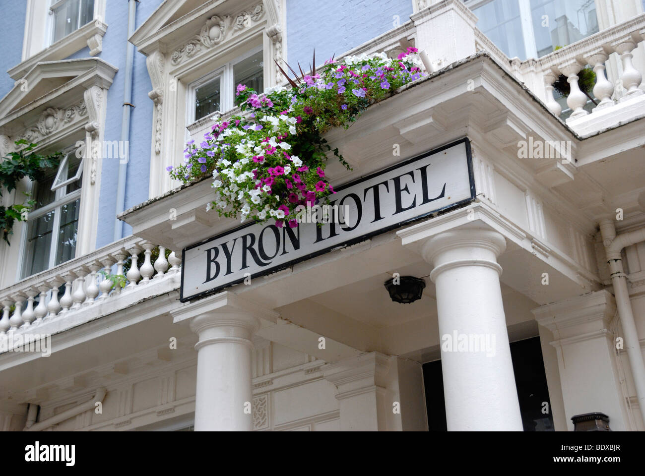 The byron hotel queensborough terrace london w2 england for Queensborough terrace