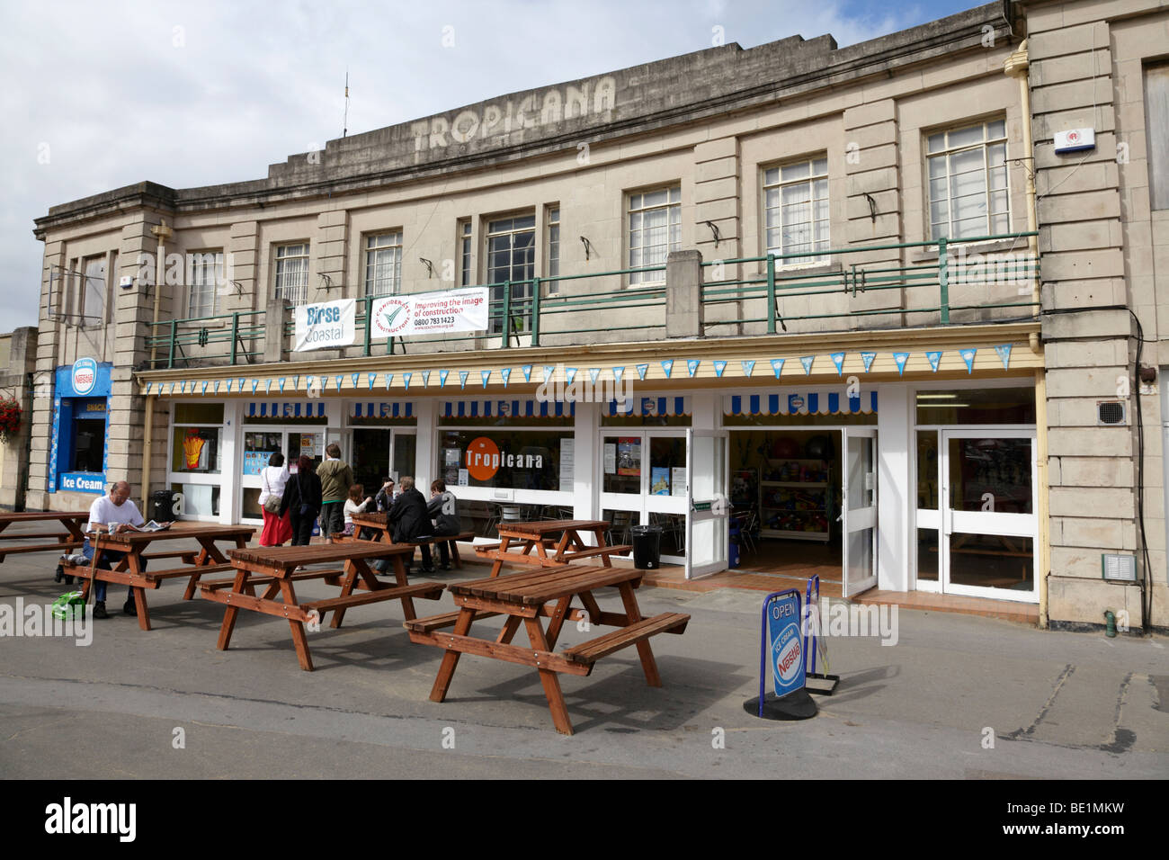 Tropicana cafe and swimming pool on the beach front due - Hotels weston super mare with swimming pool ...