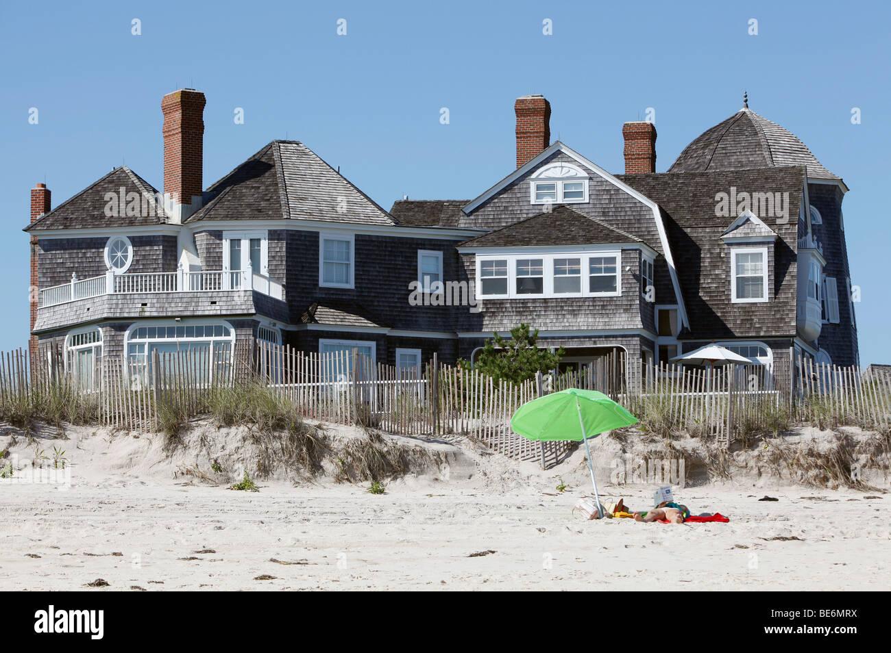 Big beach house southhampton new york stock photo for Large beach house