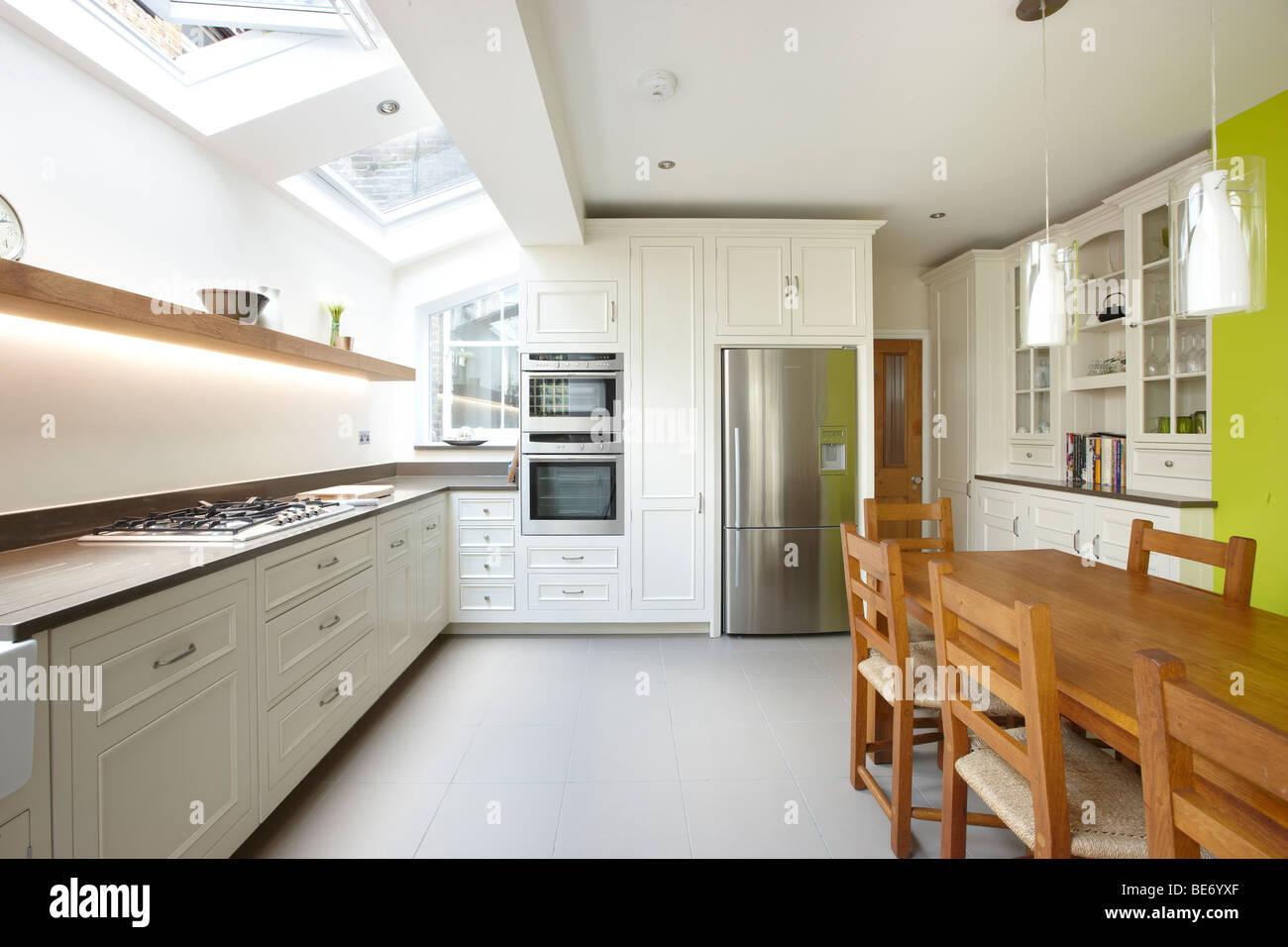 Kitchen side extension london terrace oak table skylights for Terrace kitchen extension