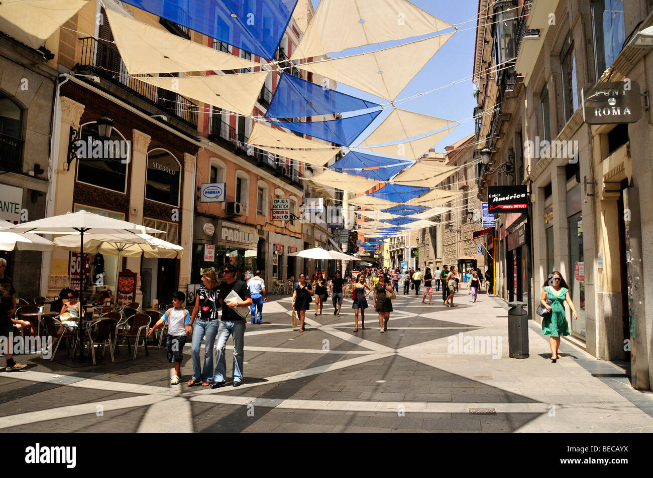 Shopping street calle del carmen madrid spain iberian for Hotel calle arenal madrid