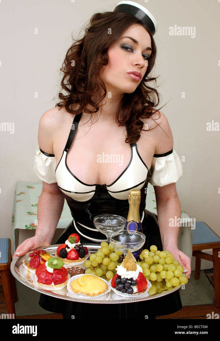 sexy french maid photos