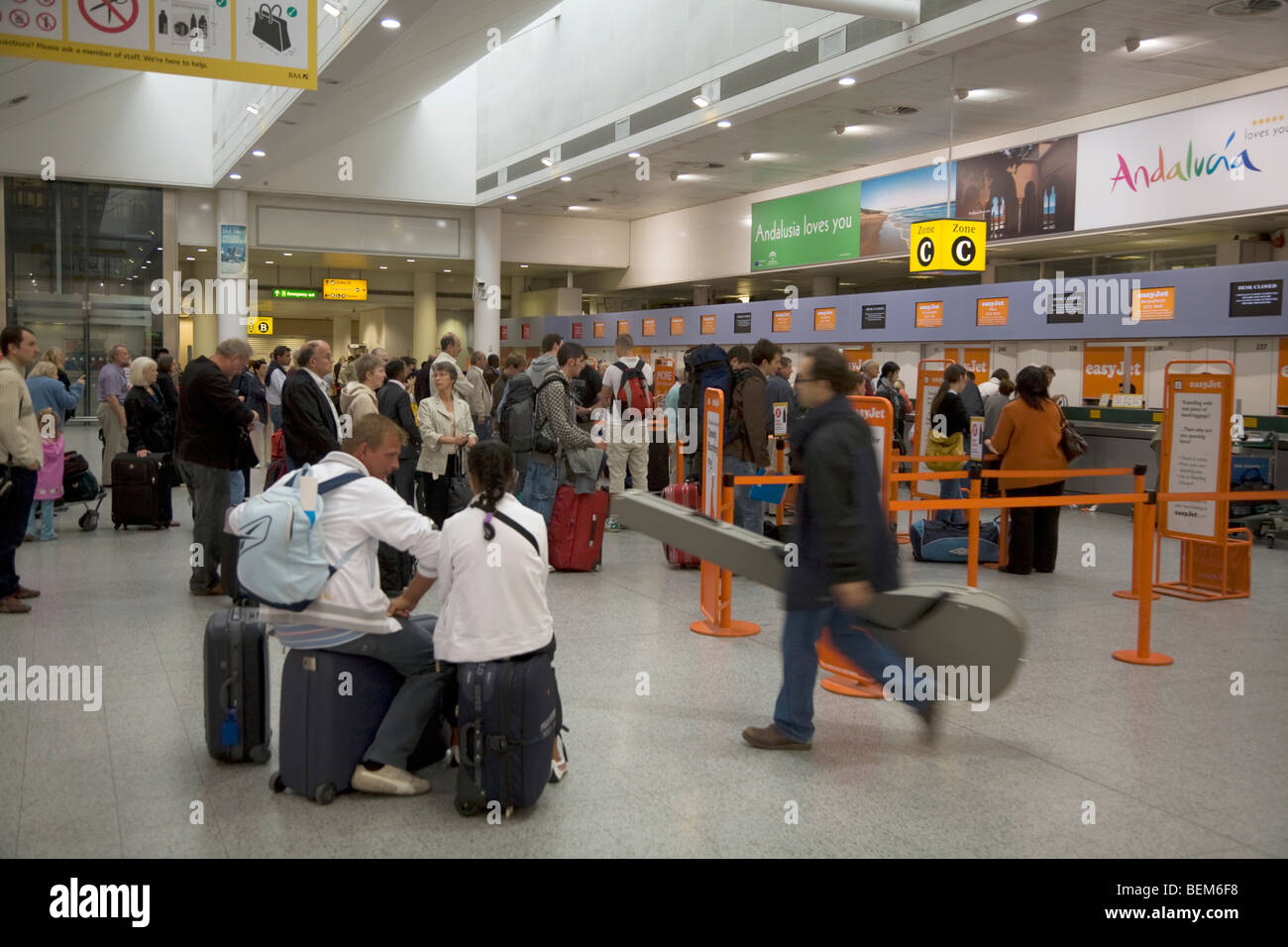 check in easyjet gatwick to milan - photo#41