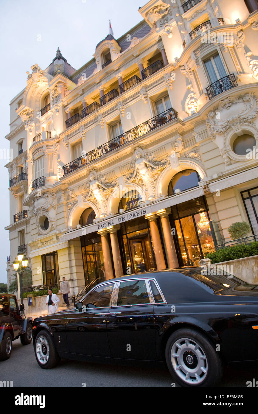 rolls royce limousine hotel de paris luxury hotel monte carlo stock photo 26578051 alamy. Black Bedroom Furniture Sets. Home Design Ideas