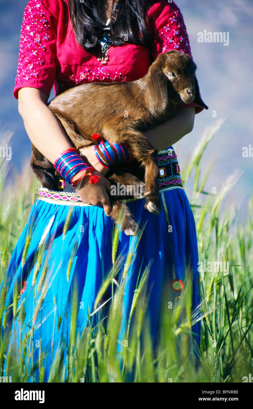 RSC 60431 : Indian girl with goat Bisoi ; Uttaranchal ; India Stock Foto