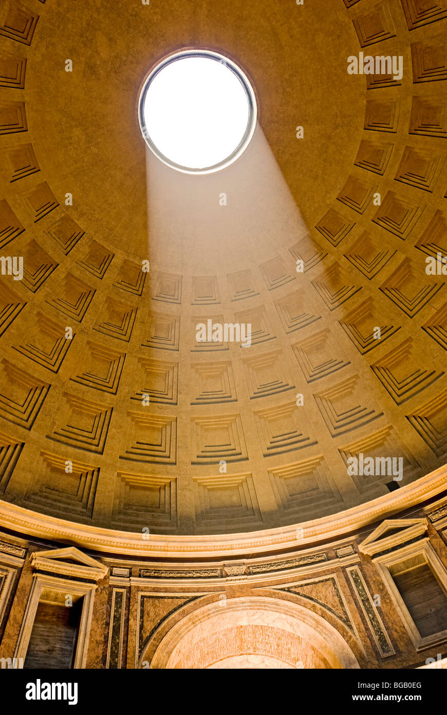 Rome, Italy. Interior of the Pantheon at the Piazza della Rotonda the Oculus and the coffered ceiling. Stock Foto