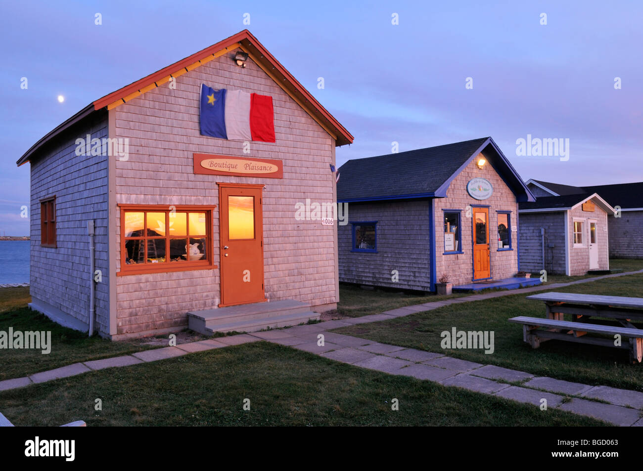 wooden houses in la grave ile du havre aubert iles de la madeleine stock photo royalty free. Black Bedroom Furniture Sets. Home Design Ideas