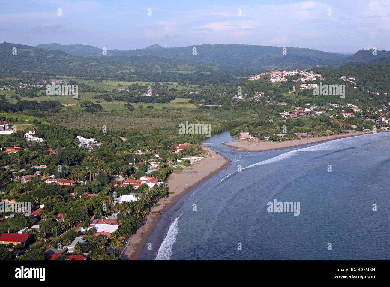an overview of nicaragua Al cielo has a lot to offer if you are looking for a quiet place to stay that has a wonderful view and an amazing restaurant with a great wine and homemade flavored.