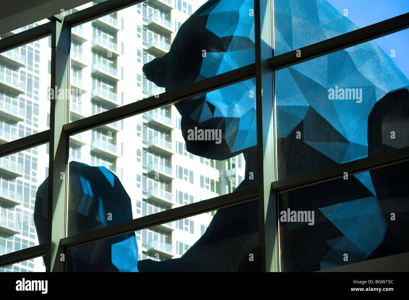 http://c7.alamy.com/comp/BGW15C/denver-colorado-the-big-blue-bear-sculpture-by-lawrence-argent-at-BGW15C.jpg