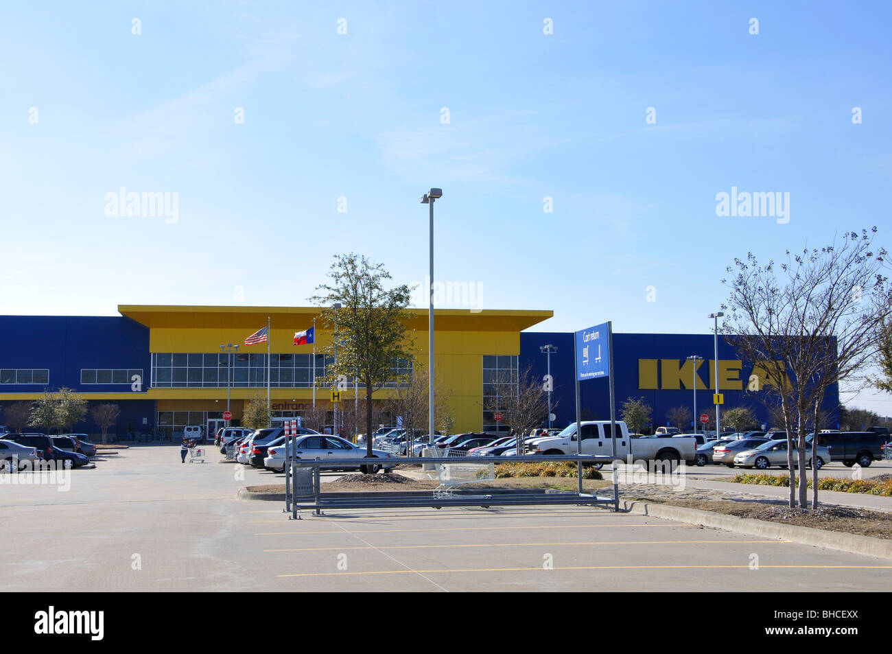 ikea store and parking lot frisco texas usa stock photo royalty free image 27934674 alamy. Black Bedroom Furniture Sets. Home Design Ideas