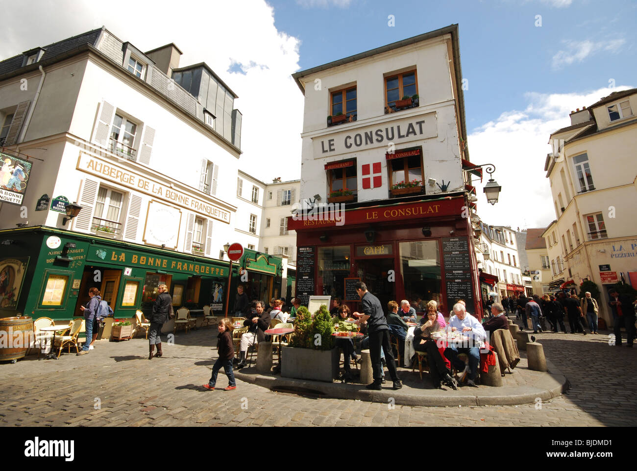 Restaurant le consulat montmartre paris france stock photo for Restaurant miroir montmartre