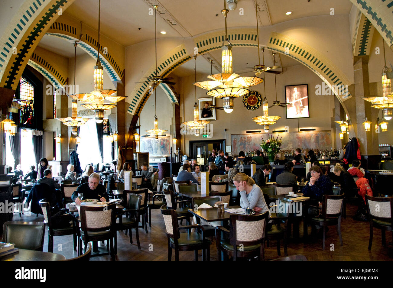 American hotel amsterdam cafe restaurant bar pub for Deco restaurant americain