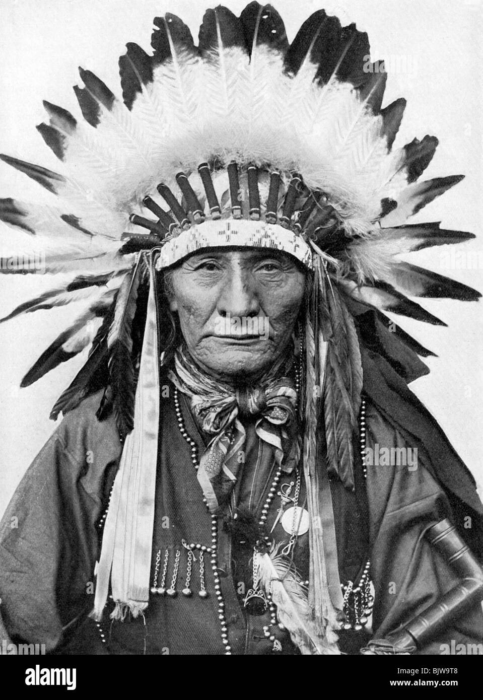 Old native american man