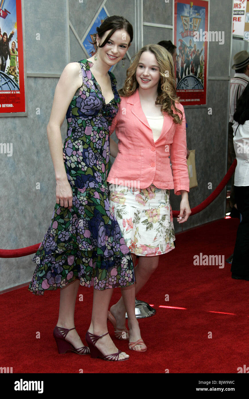 Danielle Panabaker & Kay Panabaker Sky High World Film ...
