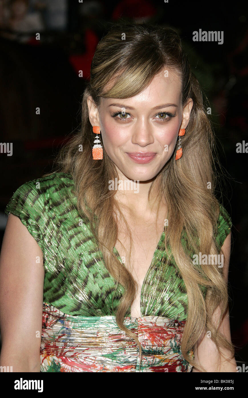 HILARY DUFF CHEAPER BY THE DOZEN 2 PREMIERE WESTWOOD LOS ...
