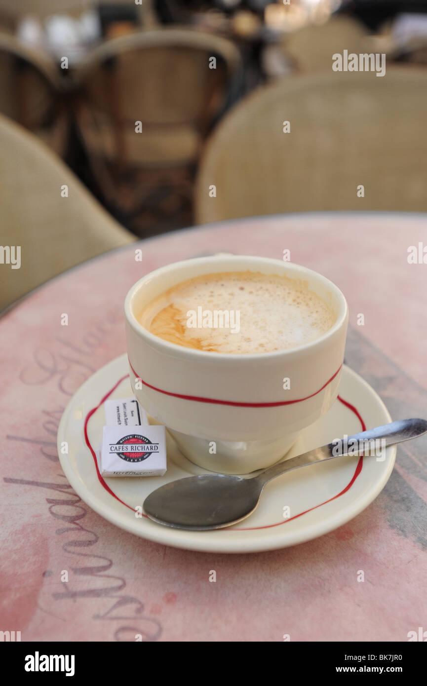 france-french-avignon-provence-cafe-crem
