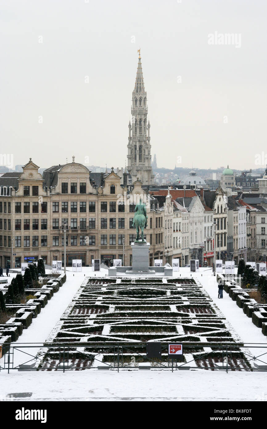 Panoramic view of brussels from mont les arts tower of for Brussels piscine