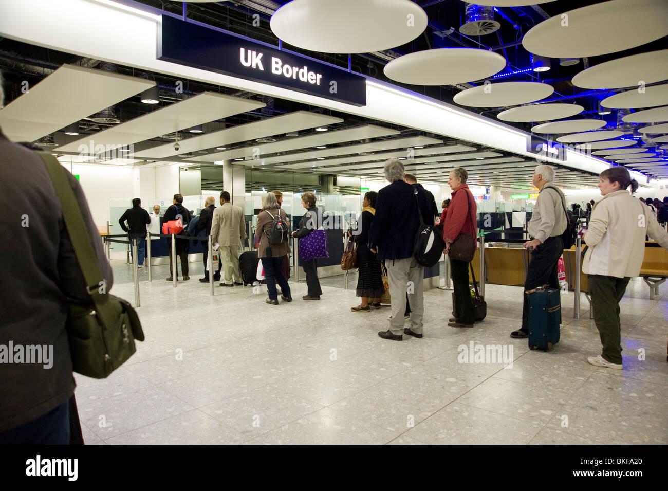 uk-border-control-checking-passports-at-