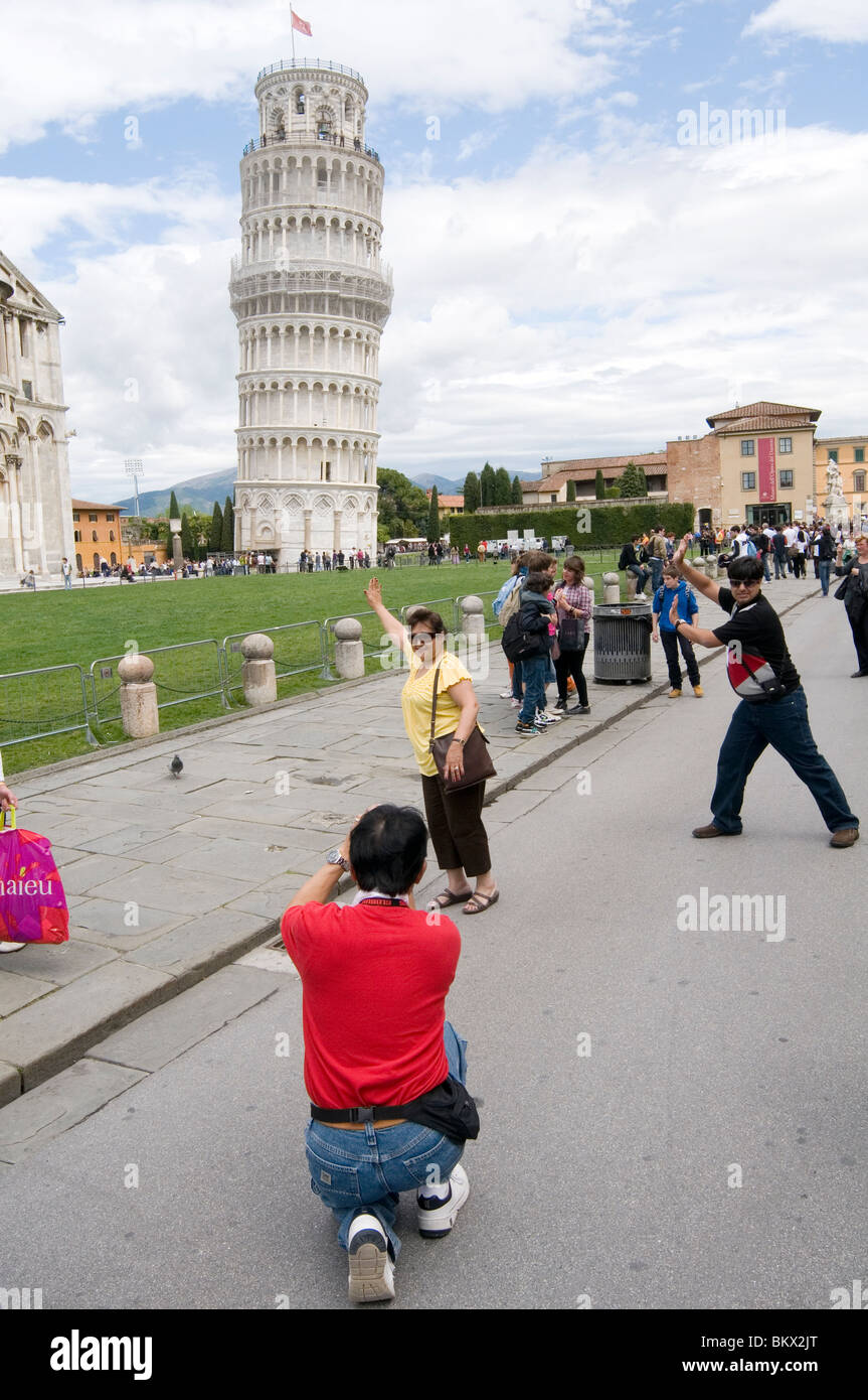 pisa-leaning-tower-of-photography-camera
