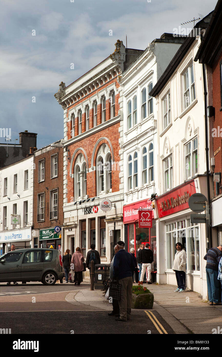 uk  cornwall  launceston  market square  shops in pedestrianised area stock photo  royalty free