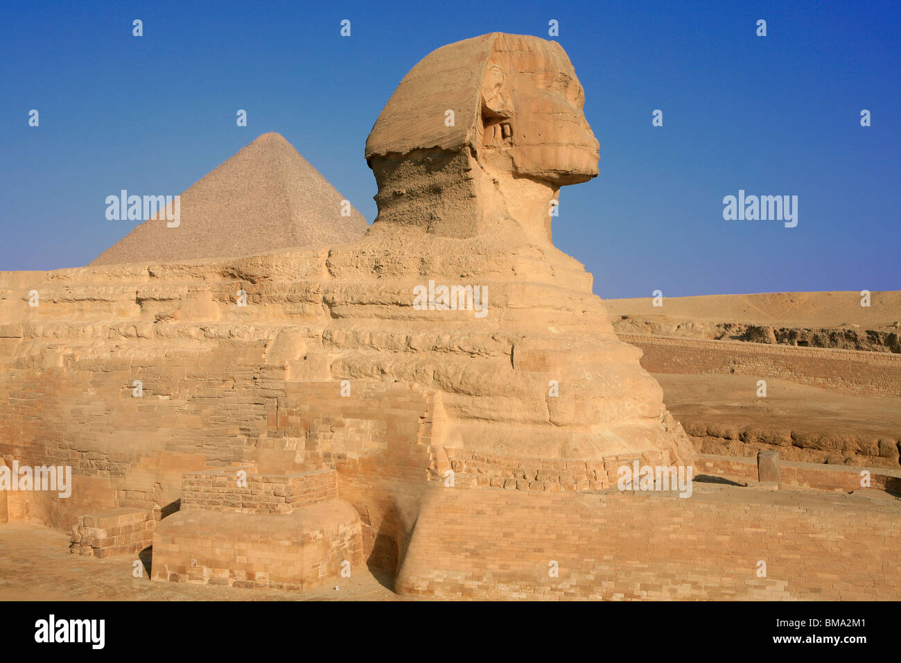 an analysis of the great sphinx of giza The great sphinx is a giant sculpture at the foot of the great pyramids of giza in egypt the sphinx has the sphinx facts: lesson for kids analysis employee.