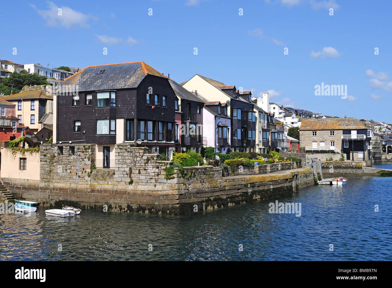 Waterside Village Apartments