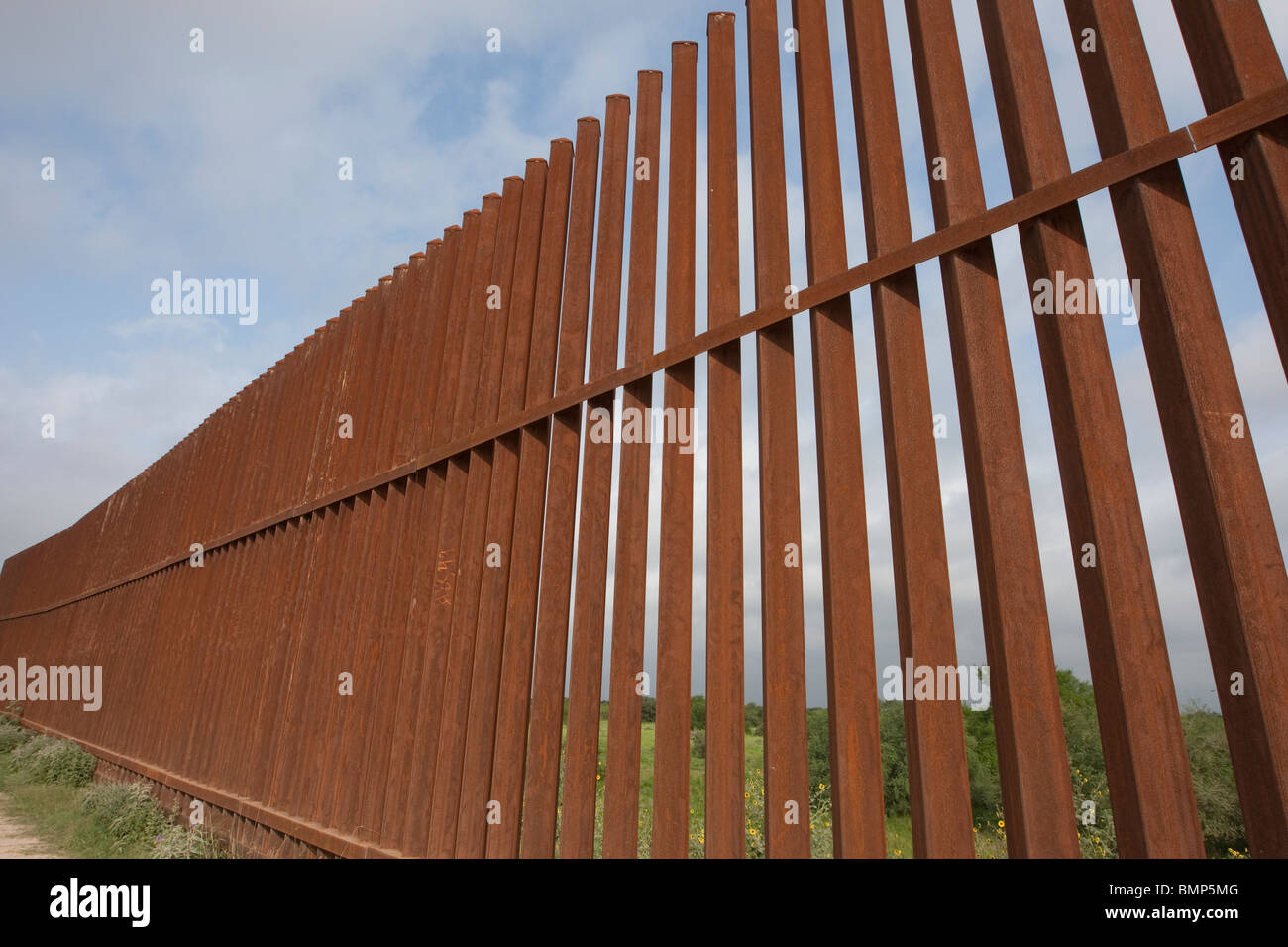 the united states mexico border timeline Lesson 2: mexican and american views of texas lesson 2 - map 2a - map 2b -  map 2c - timeline objectives understand the territorial status of texas in 1830, .