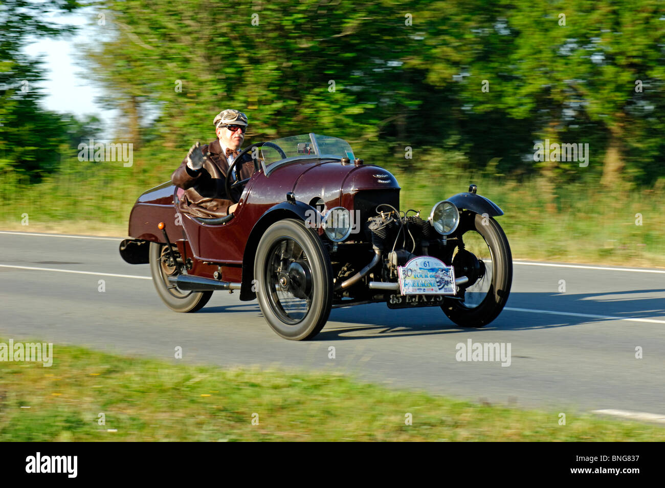 morgan darmont str tricycle 1921 in the tour de bretagne classic stock photo royalty free. Black Bedroom Furniture Sets. Home Design Ideas