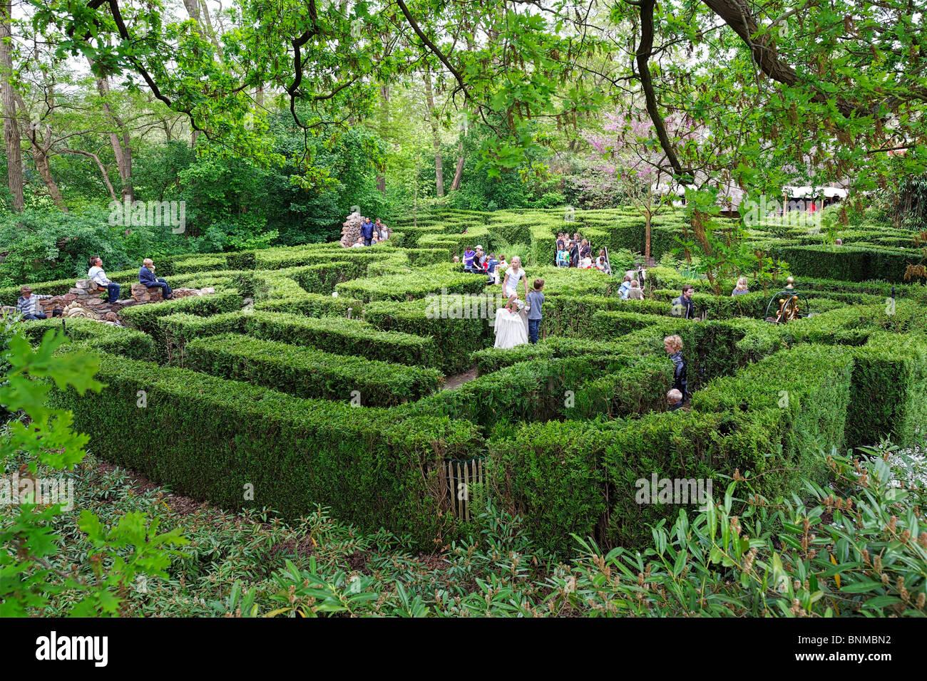 Efteling theme park north brabant holland netherlands maze for Amusement park netherlands