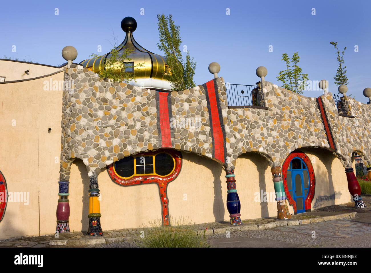 Architecture friedensreich hundertwasser building for Architecture hundertwasser