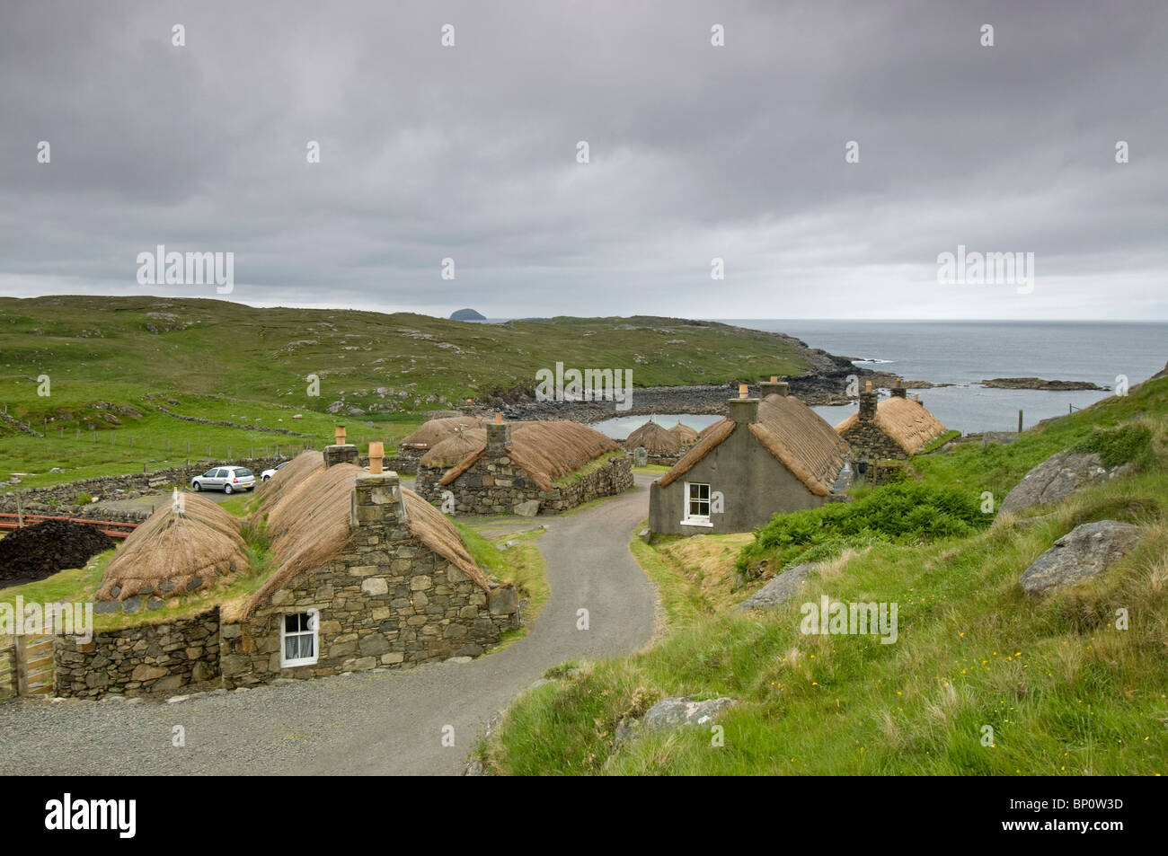 Thatched cottages at the carloway blackhouse village isle for Ocean isles fishing village