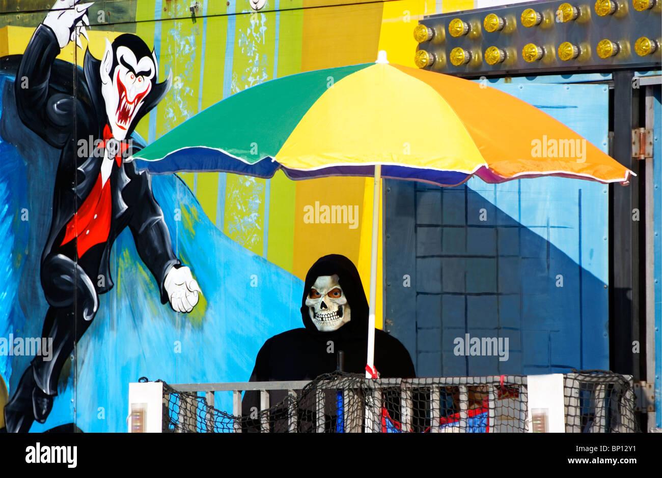 spooky-carnival-art-BP12Y1.jpg