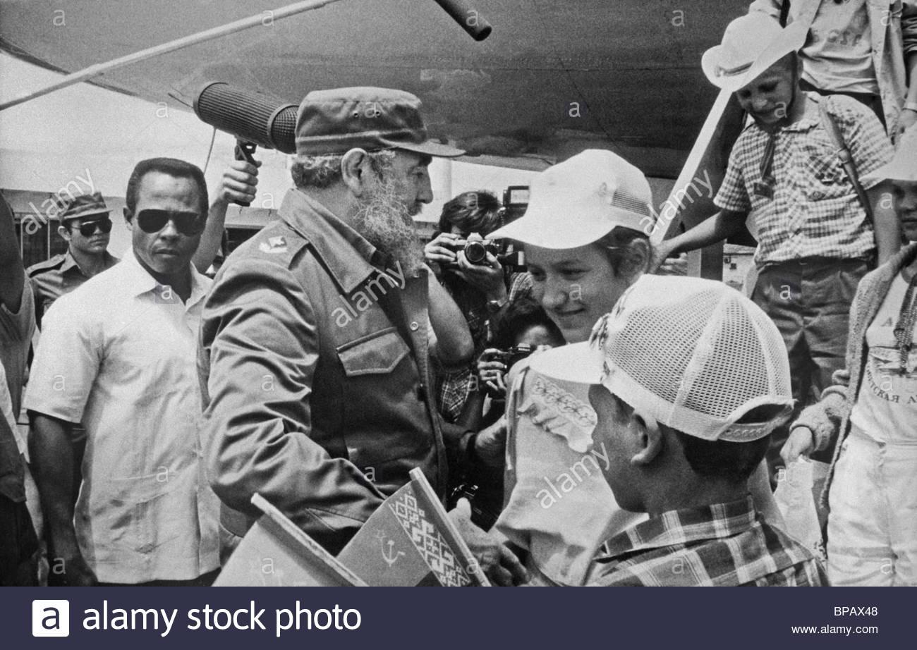 fidel castro meets soviet children chernobyl victims