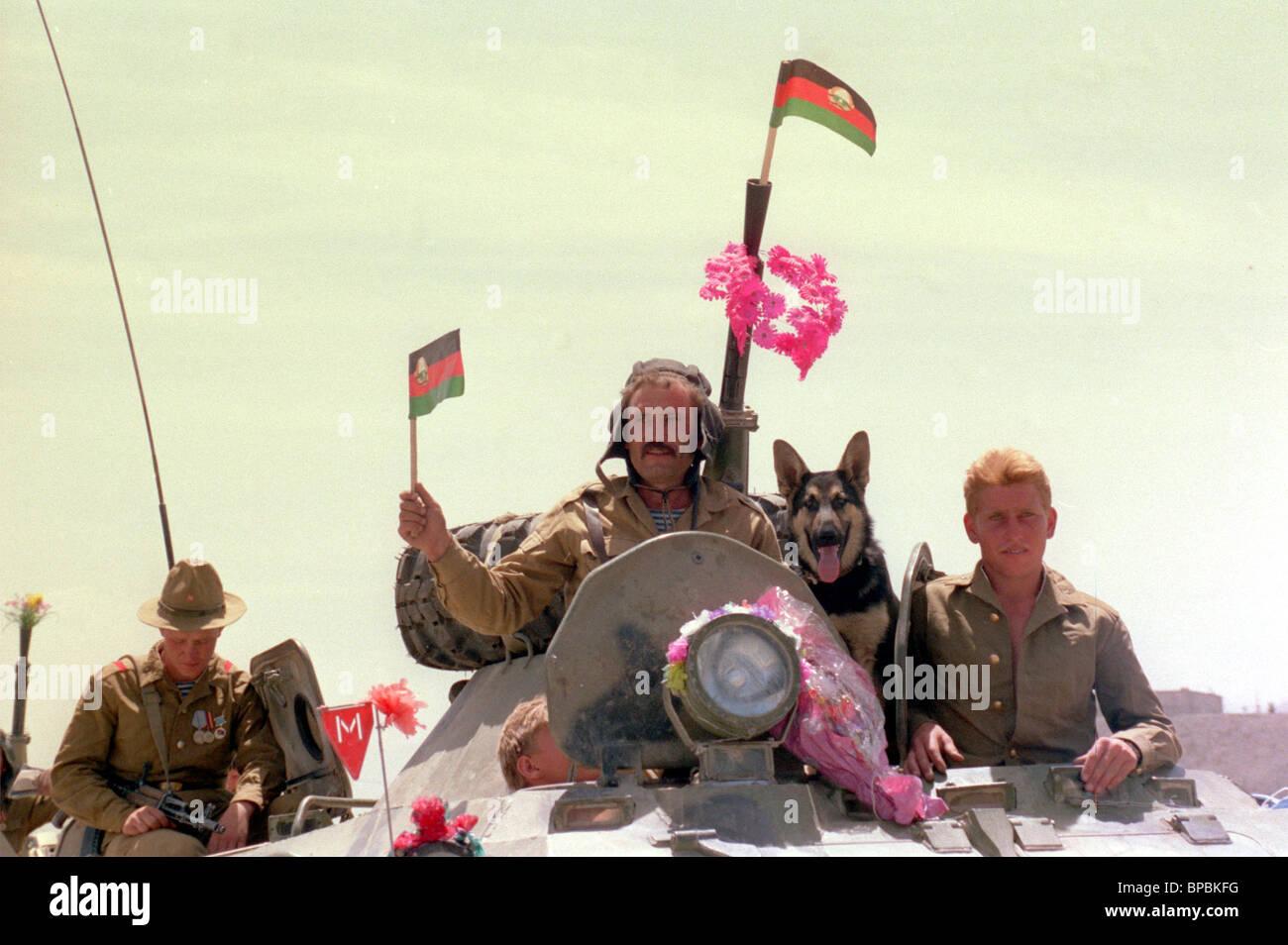 Soviet Afghanistan war - Page 6 Return-of-soviet-troops-from-afghanistan-1989-BPBKFG