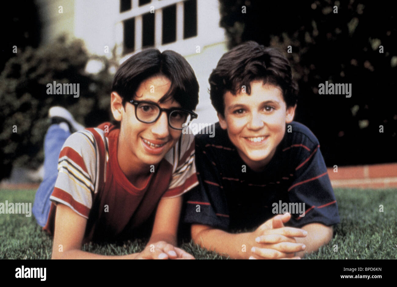 JOSH SAVIANO & FRED SAVAGE THE WONDER YEARS (1988) Stock Photo
