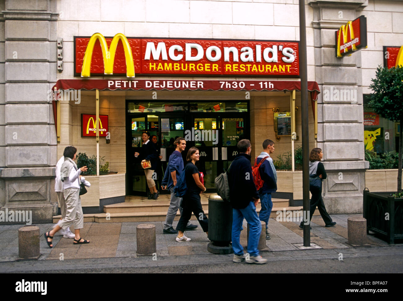 french people mcdonald 39 s restaurant rue de la republique city of stock photo royalty free. Black Bedroom Furniture Sets. Home Design Ideas