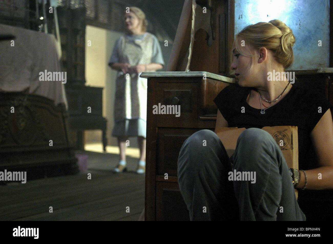 GENA ROWLANDS & KATE HUDSON THE SKELETON KEY (2005 Stock ...