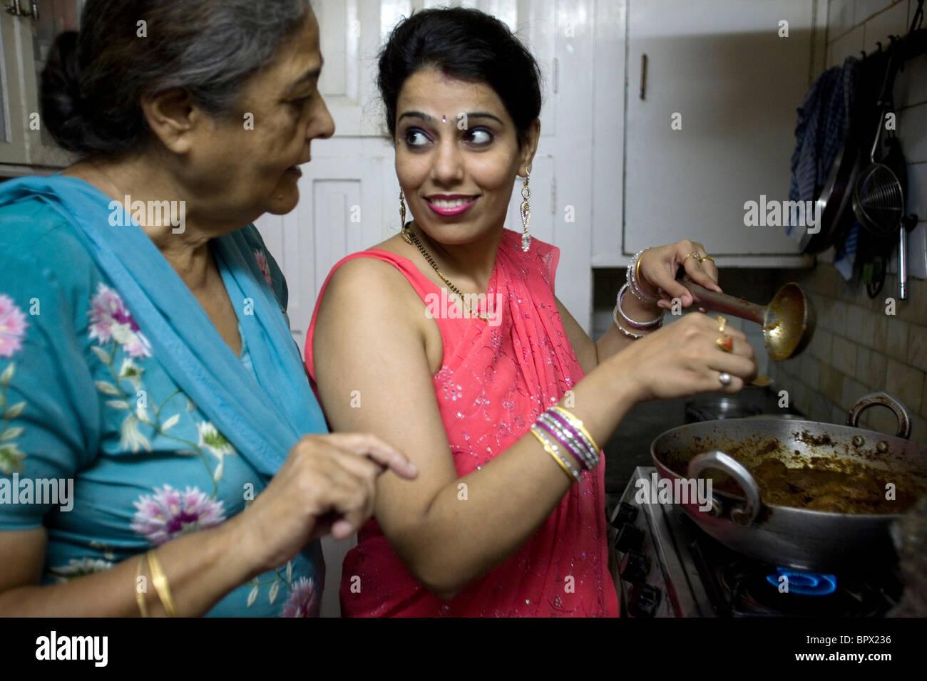 Delhi housewife giving her devar nice handjob 10