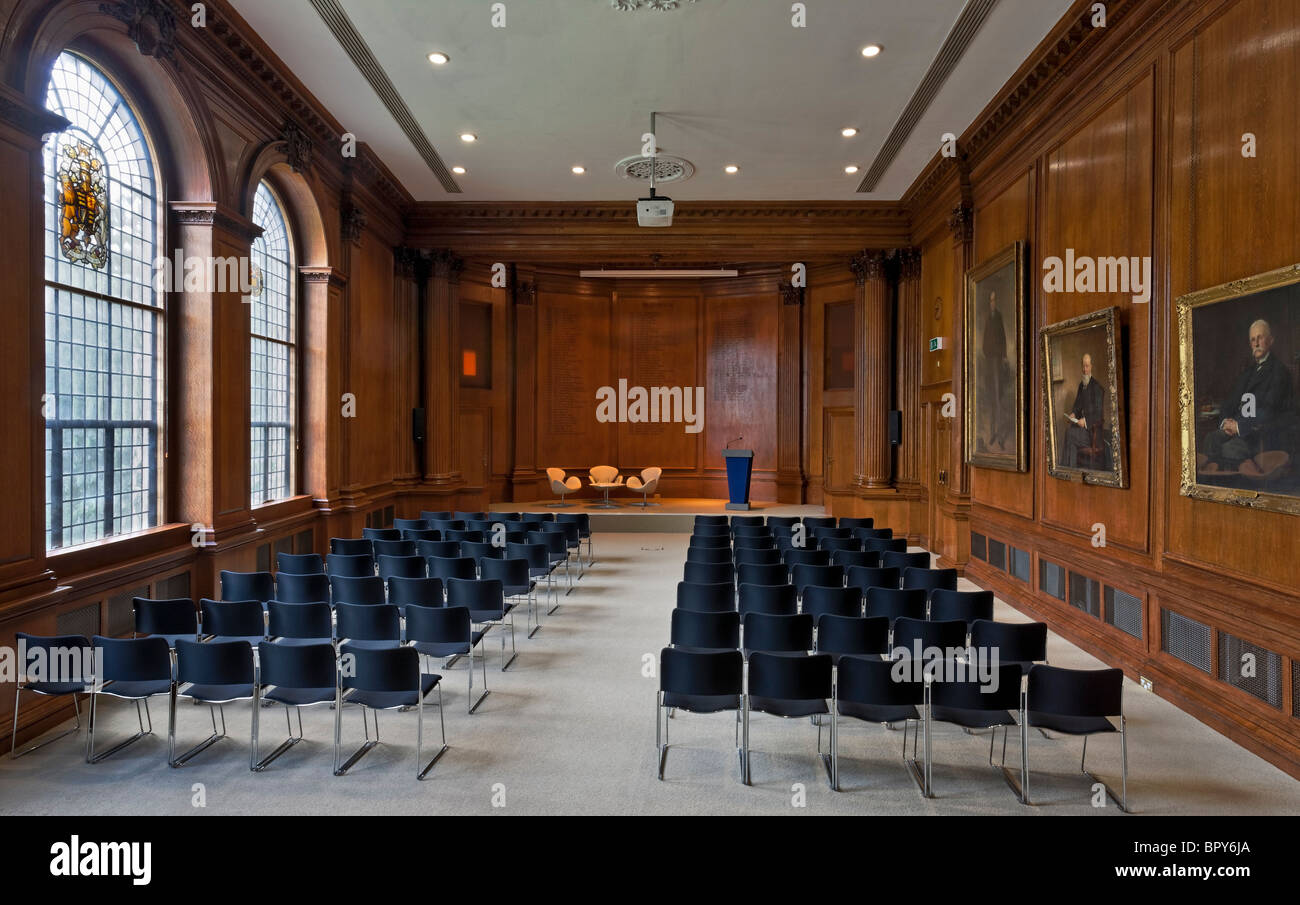 Royal institution of chartered surveyors rics for Royal institute of chartered architects