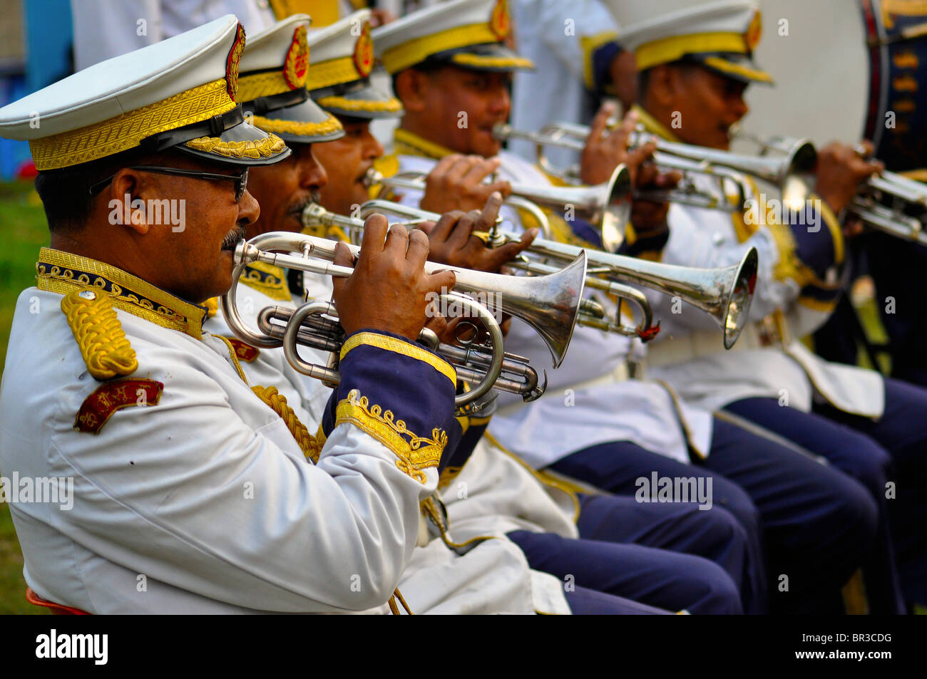 a-brass-band-in-attendance-with-shining-instruments-and-full-dress-BR3CDG.jpg