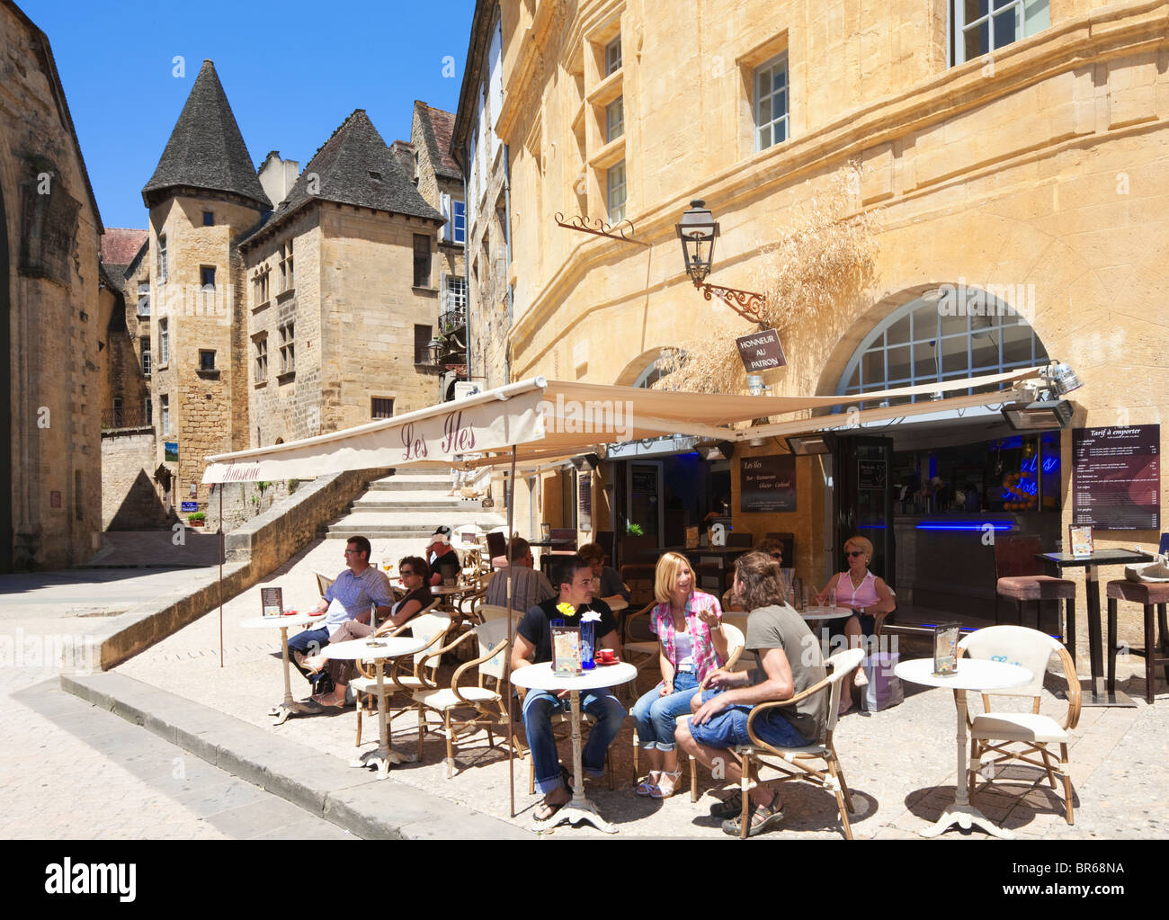 Restaurant Rue De La Republique Sarlat